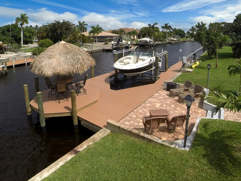 Boat dock and Tiki - Villa Romantic Cape Coral